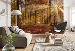 Ambiente decorado com painel fotográfico de floresta