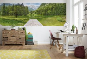Ambiente decorado painel fotográfico com foto de lago verde